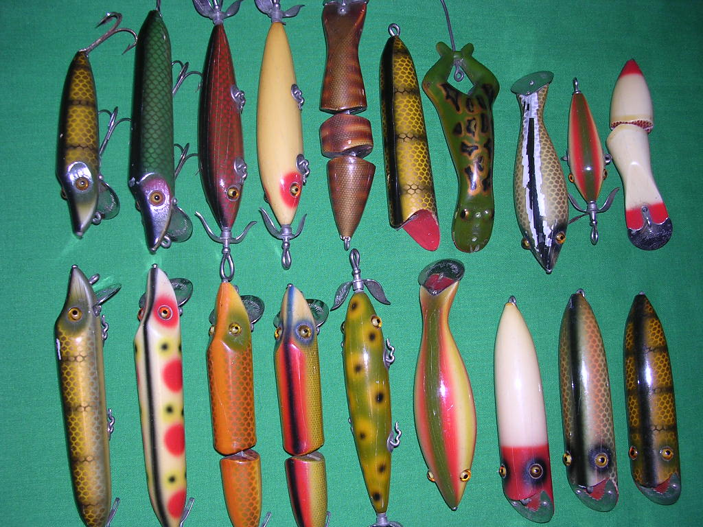 Heddon dowagiac antique fishing lures for Heddon antique fishing lures